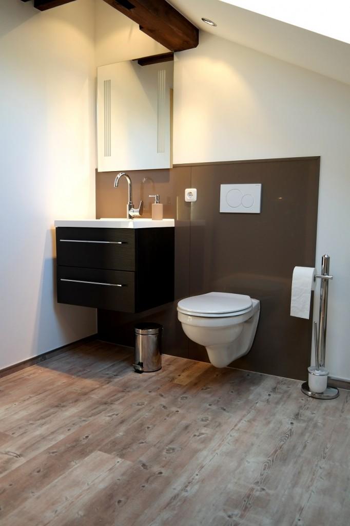 wir verwandeln ihr altes badezimmer in eine wohlf hloase von der idee bis zum fertigen wunschbad. Black Bedroom Furniture Sets. Home Design Ideas